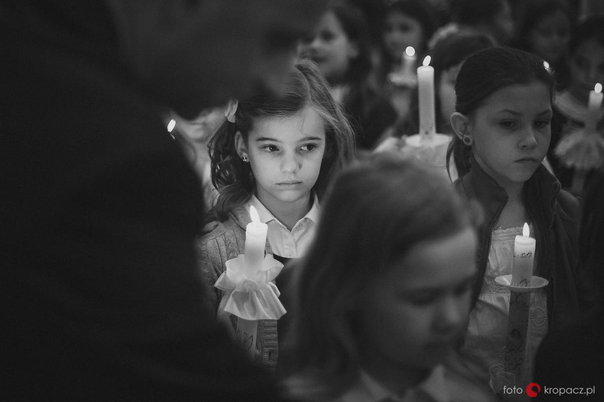 Komunia_przygotowania_pierwsza-komunia-swieta_zdjecia-komunijne_fotograf-na-komunie_Warszawa_Piaseczno_Opole_FOTOKropacz-5000