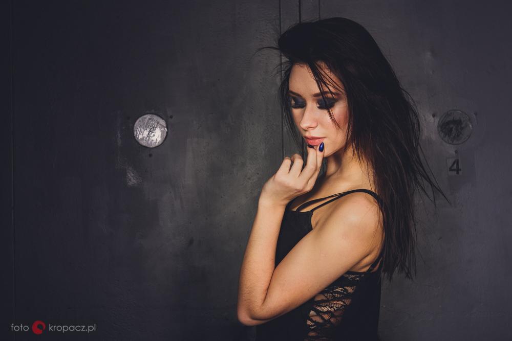 Ola_sesja-portretowa-w-studio_FOTOKropacz-8226