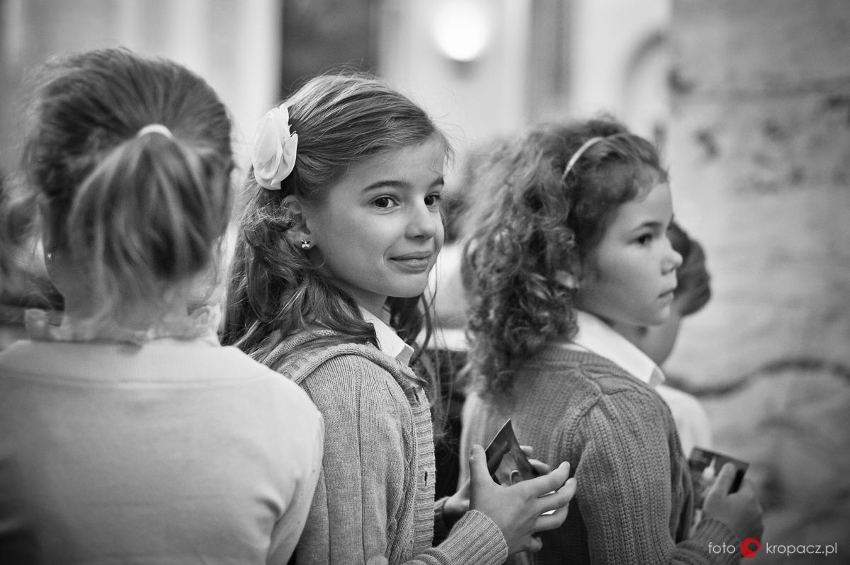 Komunia_przygotowania_pierwsza-komunia-swieta_zdjecia-komunijne_fotograf-na-komunie_Warszawa_Piaseczno_Opole_FOTOKropacz-5008