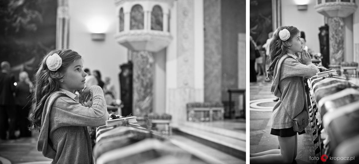 Komunia_przygotowania_pierwsza-komunia-swieta_zdjecia-komunijne_fotograf-na-komunie_Warszawa_Piaseczno_Opole_FOTOKropacz-5033